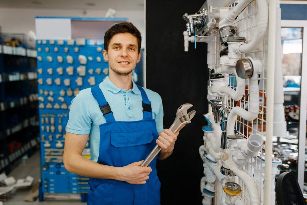 Bei einem Rohrbruch geht es darum so schnell wie möglich zu reagieren und durch den Einsatz von professionellem Werkzeug den Schaden zu beheben.